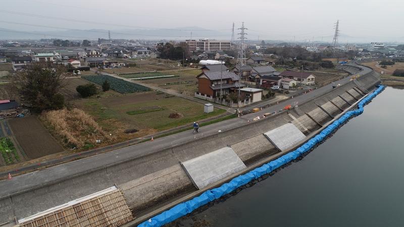 川表上流側進捗写真